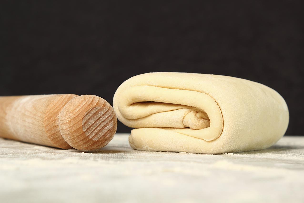 Сладкие пирожки из слоеного тестаы с фото