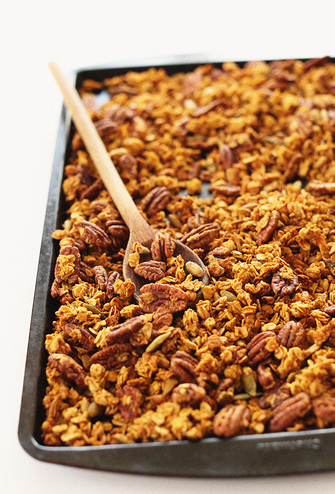 SIMPLE-Pumpkin-Pecan-Granola-naturally-sweetened-with-maple-syrup-and-LOADED-with-pecans-and-pepitas-vegan-glutenfree