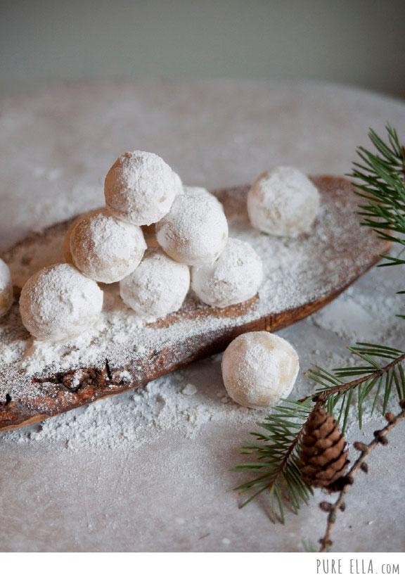 Pure-Ella-Amaretto-Snowballs5