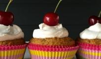 vanilla and chia cupcakes