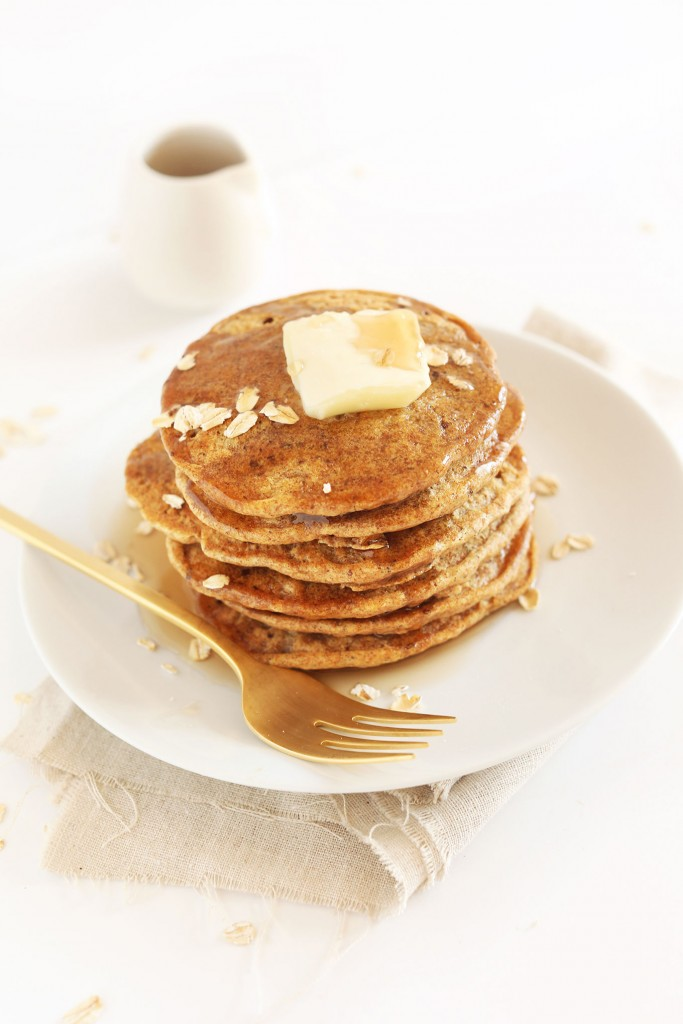 SIMPLE-Healthy-Whole-Grain-Vegan-Pancakes-1-Bowl-required-and-so-delicious-vegan