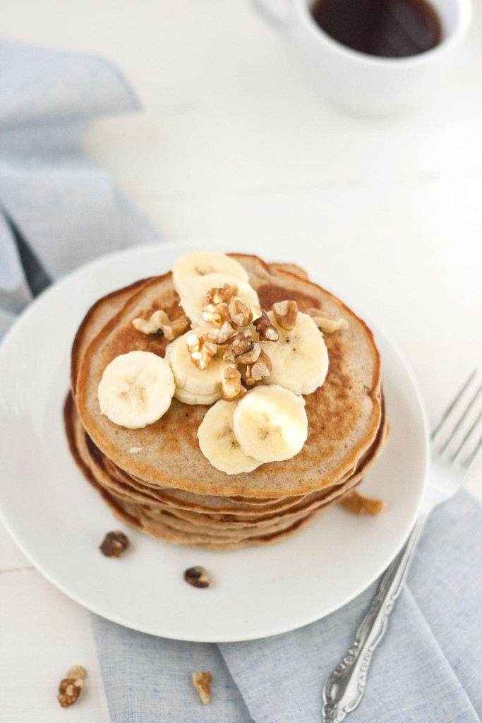 oat_and_almond_pancakes-4-683x1024