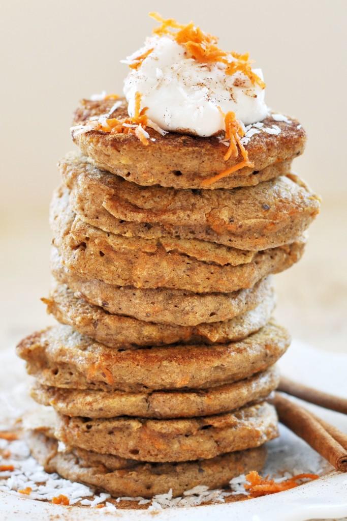vegan-carrot-cake-pancakes--683x1024