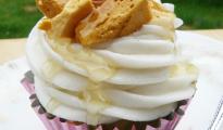 vegan honeycomb cupcakes