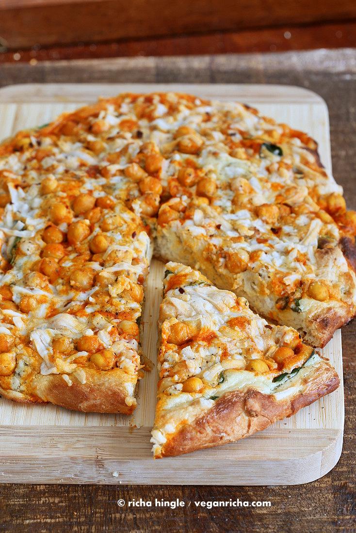 buffalo-chickpea-pizza-2188