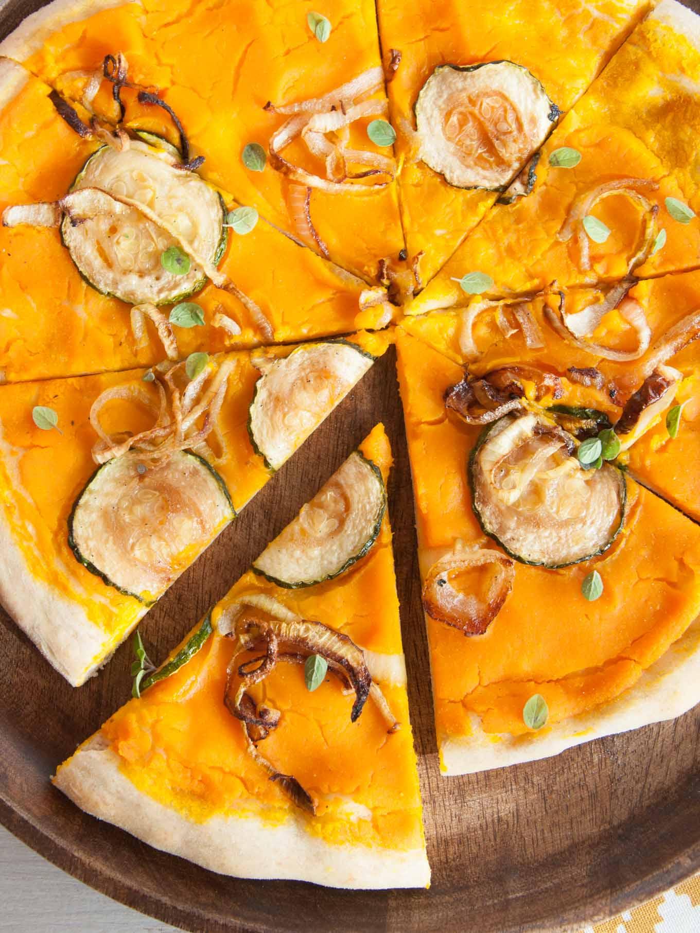 vegan-pumpkin-pizza-3