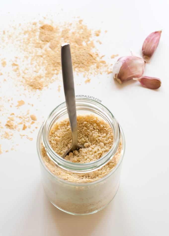 Vegan-parmesan-minimaleats.com_