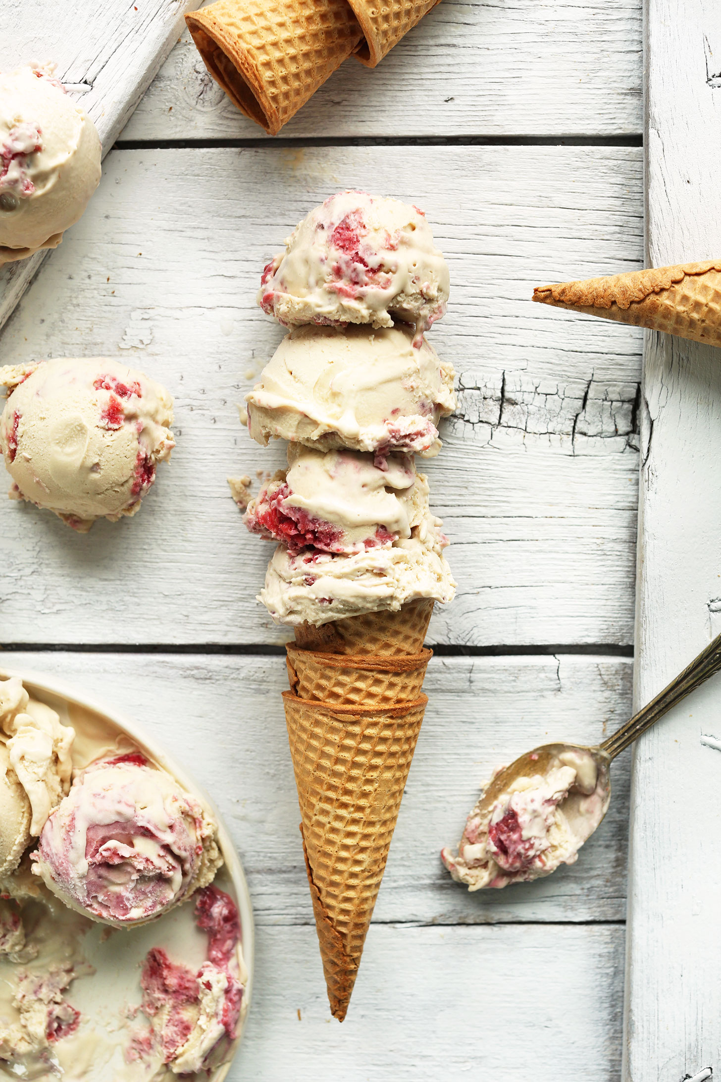 RASPBERRY-SWIRL-Coconut-Ice-Cream-Creamy-tart-sweet-and-SO-delicious-vegan-glutenfree-recipe-icecream-raspberry-berries