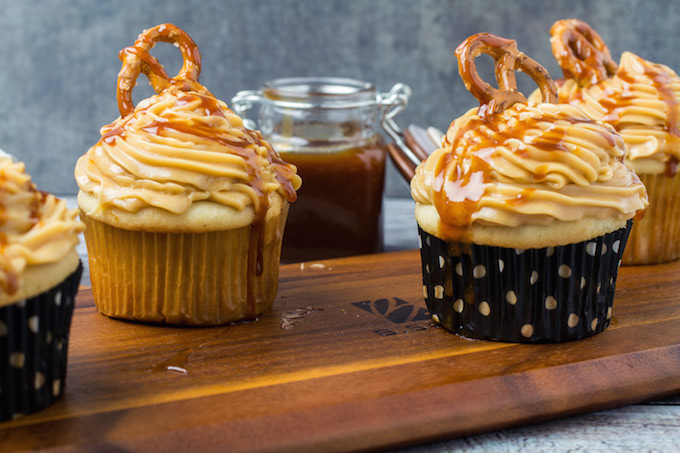 gluten-free-salted-caramel-cupcakes-2