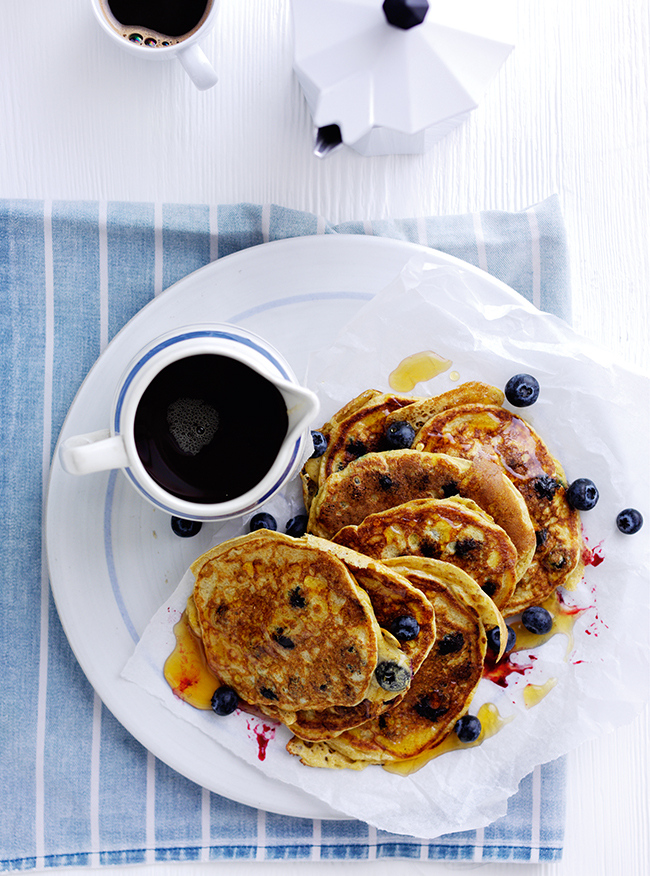 Blueberry & yoghurt American style pancakes