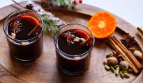 Mandarin mulled wine