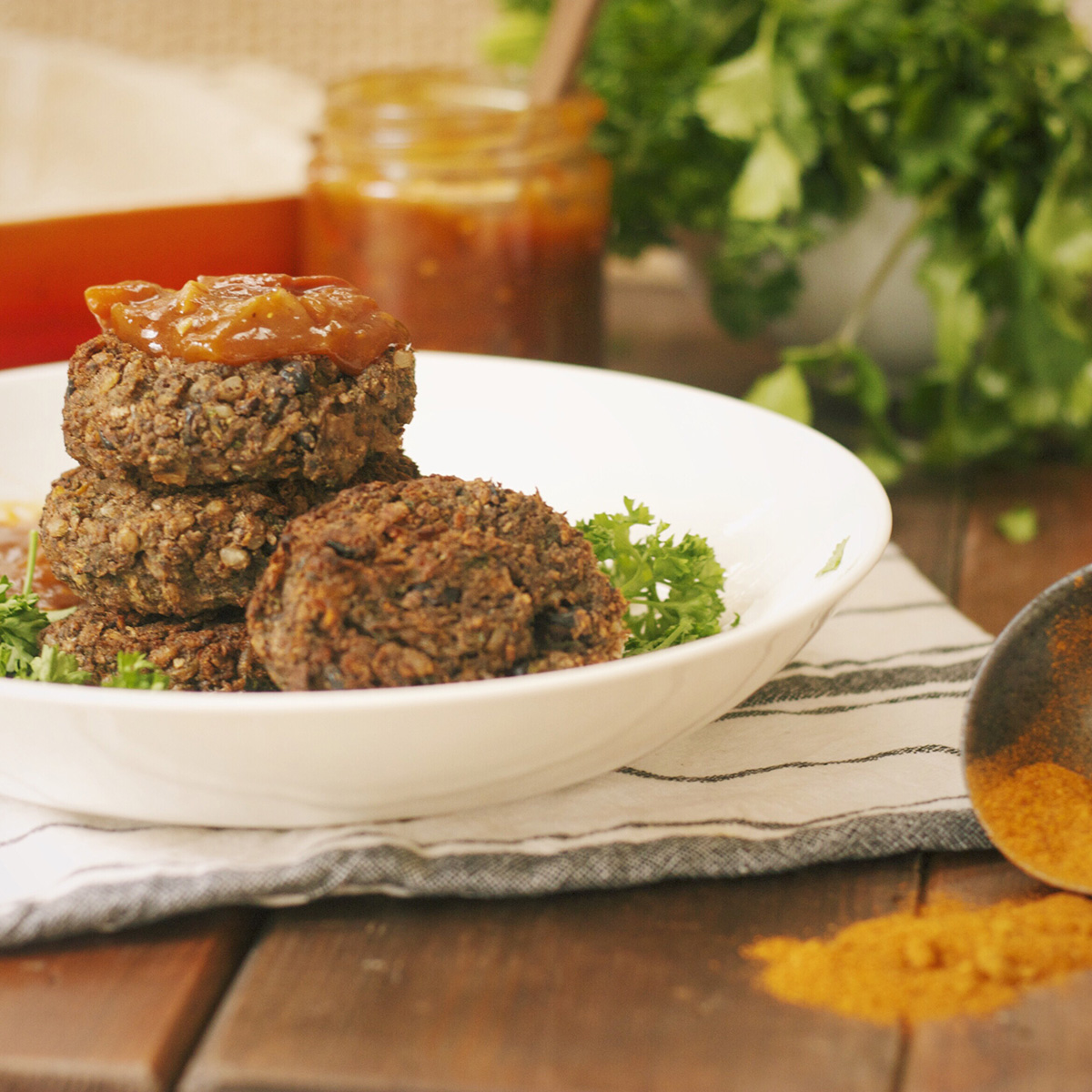 Spicy black bean, kale & brown rice burgers