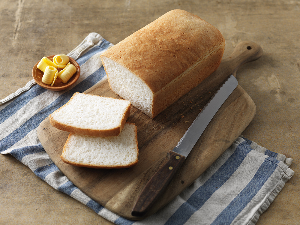 Gluten-free white oven bread loaf