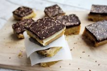 Vegan and gluten-free caramel squares