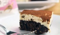 Sugar-free brownie cheesecake