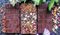 raw chocolate superfood bars