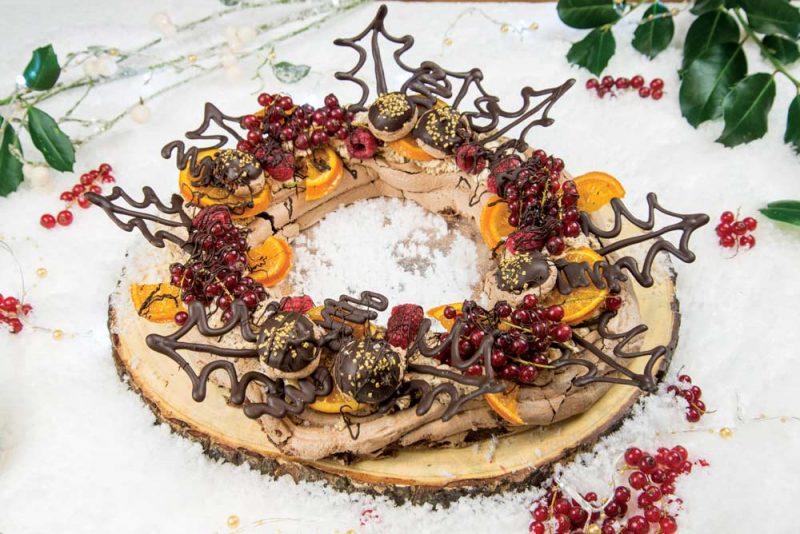 Chocolate meringue wreath