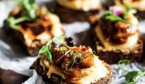 Vegan cheese toastie